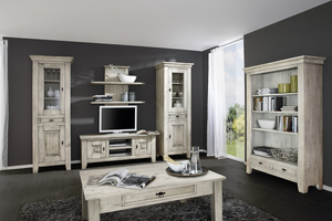 geschmackvolle wei e landhausstil m bel. Black Bedroom Furniture Sets. Home Design Ideas